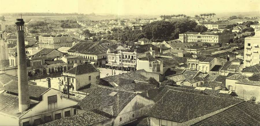 Largo do Rosário, em 1930. Acervo CMU