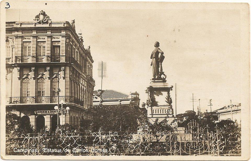 Monumento Carlos Gomes, década de 1940.