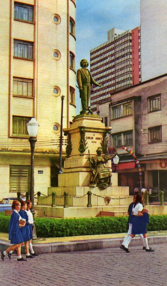 Monumento Carlos Gomes, década de 1960.
