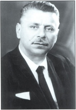 Em 1949: