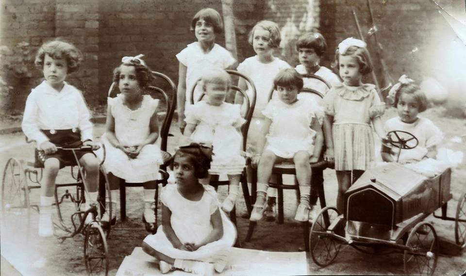 Jardim de Infância da Profa. Sylvia Simões Magro, em 1920.