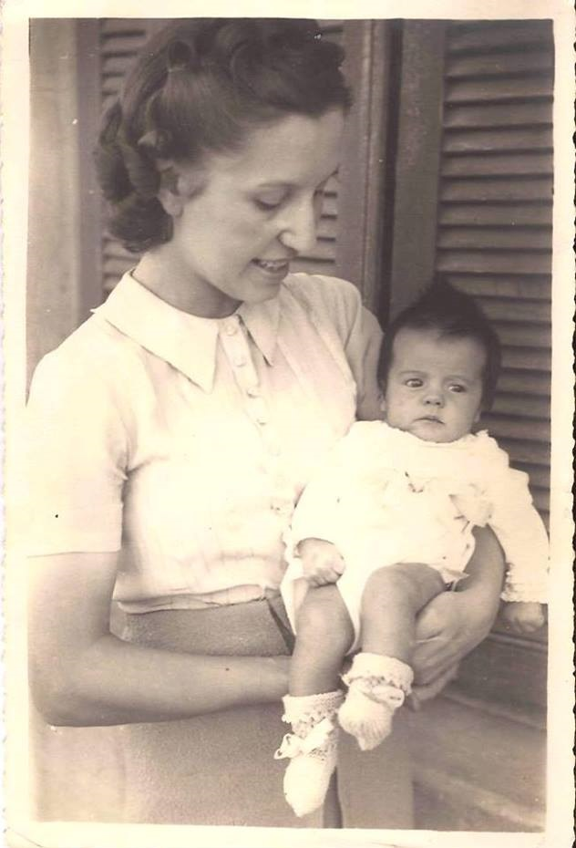 Jessy Braga, com sua filha primogênita e mimada, Vera Lígia.