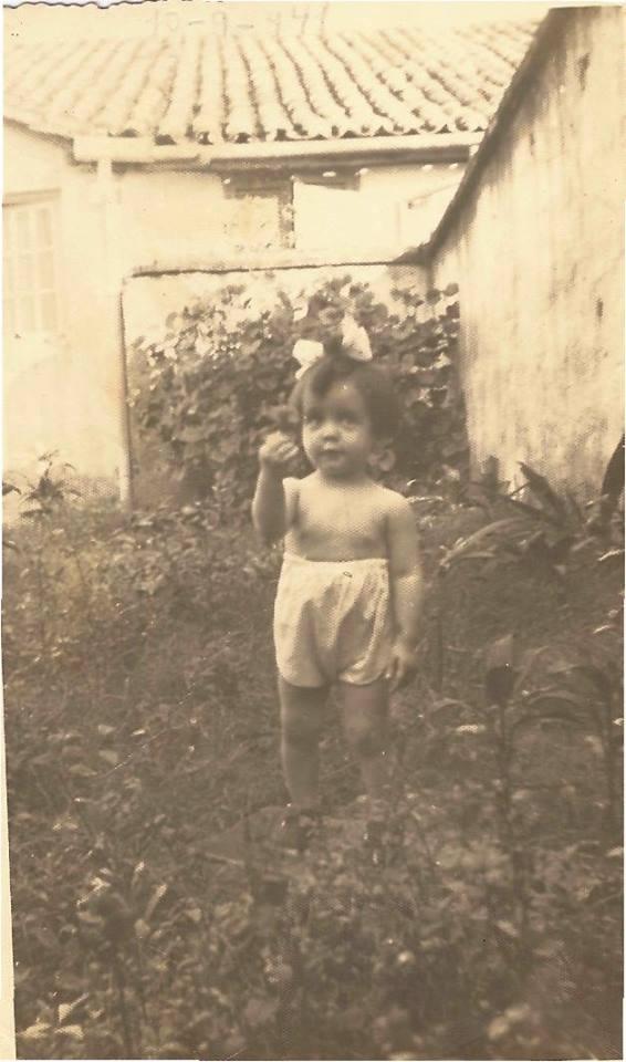 Veroca, em sua casa,na Rua Ferreira Penteado.