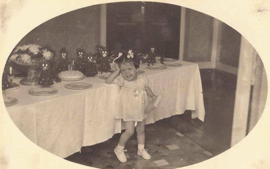 Vera Lígia, no aniversário de dois anos.