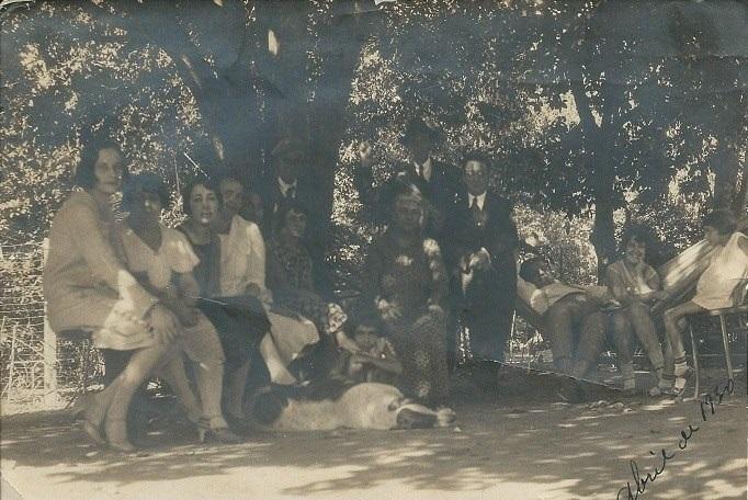 Miguel Barros Pentado e família, em 04.1930. Acervo Maria Adelaide de Souza Gomide Lino.
