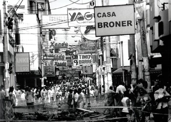 Rua Treze de Maio, em 1998.