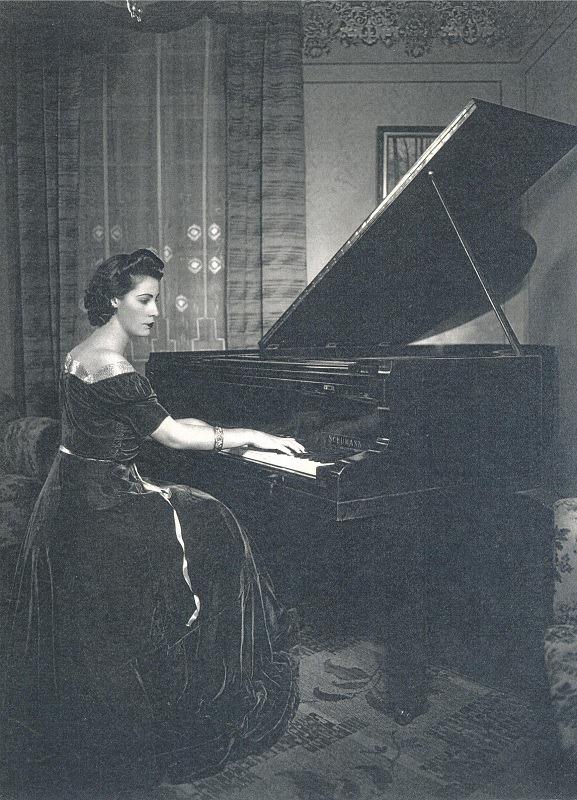 Olga Rizzardo Normanha(1916 + 2013).