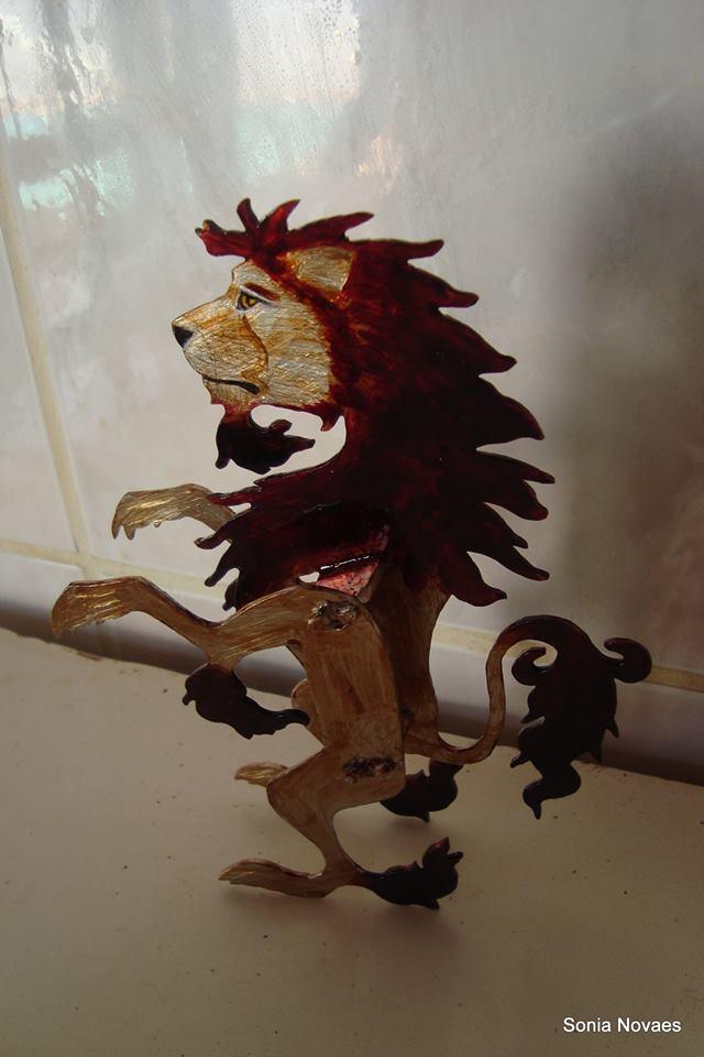 Leão...placas de alumínio